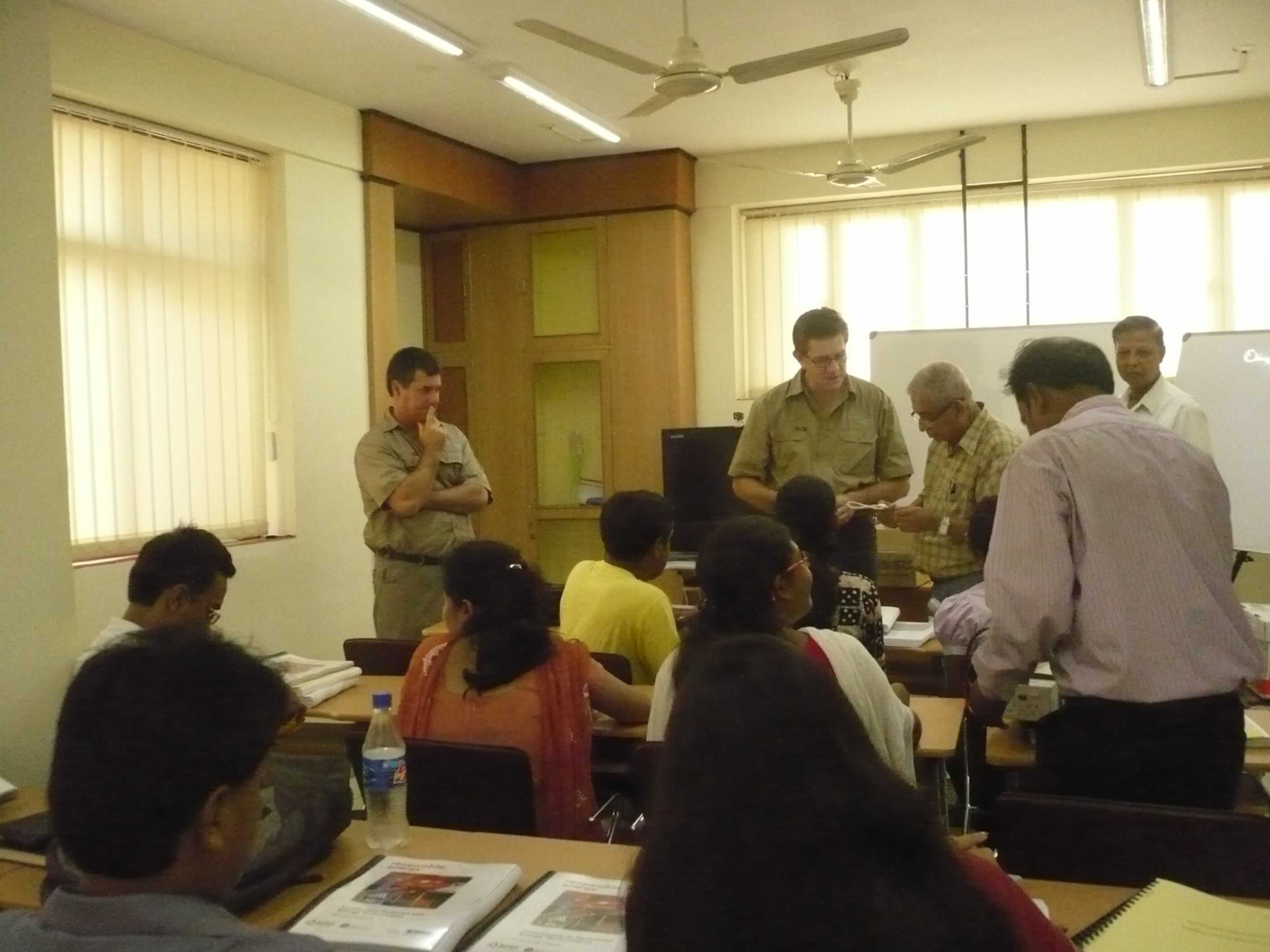 Mr.Glen Ferguson in interaction with the Facculty & the Students